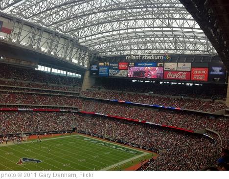 'Oakland Raiders @ Houston Texans, Reliant Stadium' photo (c) 2011, Gary Denham - license: http://creativecommons.org/licenses/by-sa/2.0/