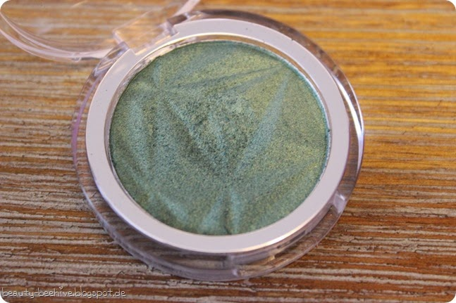 p2 neues sortiment frühjahr 2015 luminous shine eyeshadow lidschatten 050 secret twinkle review make up look swatch 1
