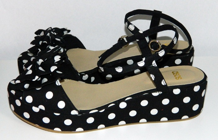 ASOS-Polka-Dot-Flatforms-2