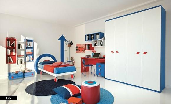 wall-growth-chart-in-boys-bedroom.jpg