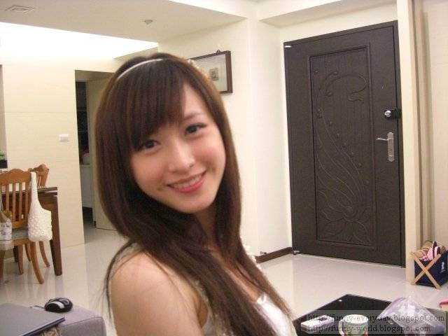 Milla Lin (23)