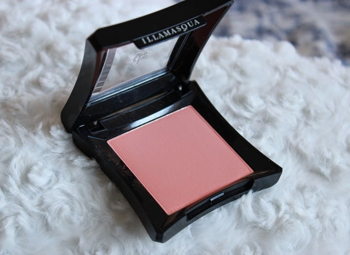 illamasqua blush in lover peach matte