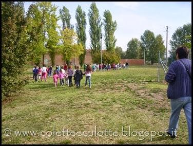 Classi 2°A e 2°B Scuola primaria Padulle all'OrtoQua - ottobre 2013 (1)