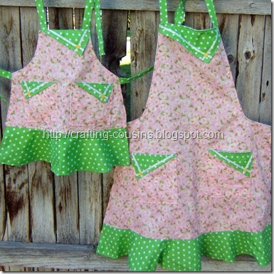 mom and me apron set