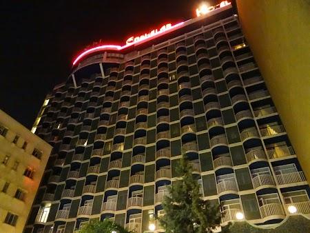 03. Hotel Enghelab Teheran.JPG