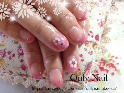 2013年4月13日 出張ネイルサロン 筑後市 フレンチ、お花のシール、ピンク、ダイアモンドグリッター