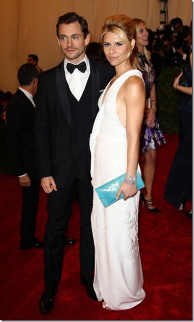 Claire Danes Celebs Costume Institute Benefit SgsWt7Yzy35l