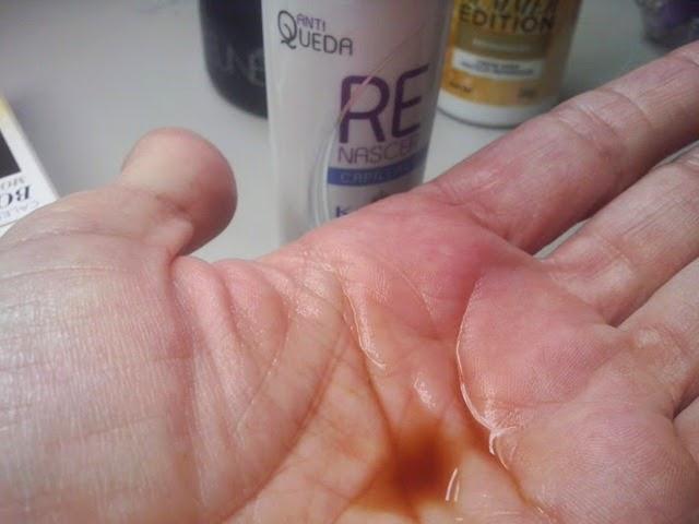 Hidratação para cabelos e pontas fracas.