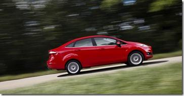 New Fiesta Sedan 2014 (32)