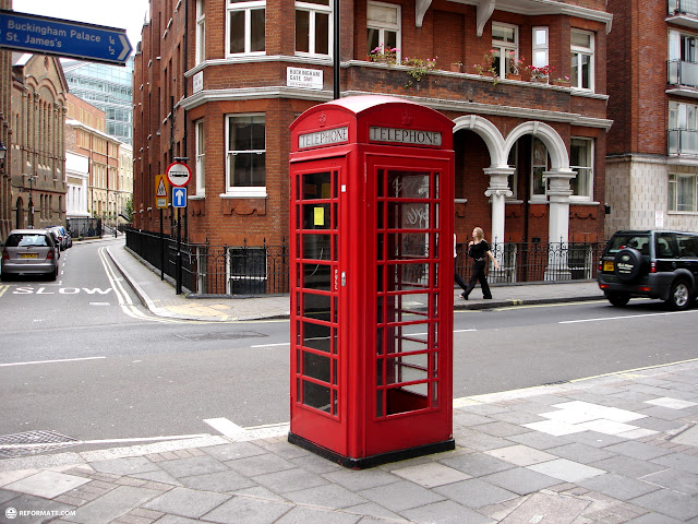 red telephone booth in london in London, London City of, United Kingdom