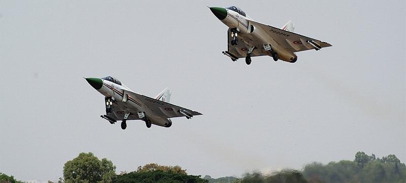 Light-Combat-Aircraft-LCA-Tejas-India-Resize