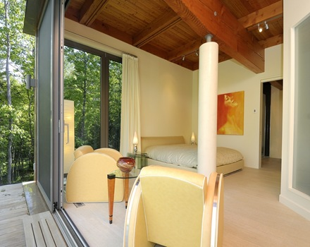 habitacion-moderna-casa-arquitectura-sostenible-Pierre-Cabana
