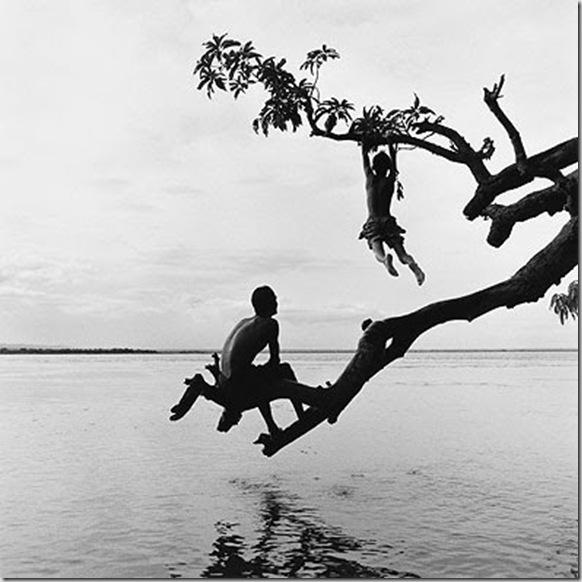 12.08-Leap,-Burma-2007