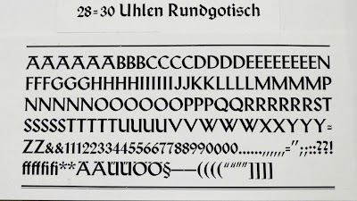 Uhlen_Rundgotisch_UC.JPG