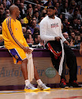 lebron james nba 130117 mia at lal 03 Boston Outlasts Miami in 2nd OT. LeBron Debuts Suede X PE!