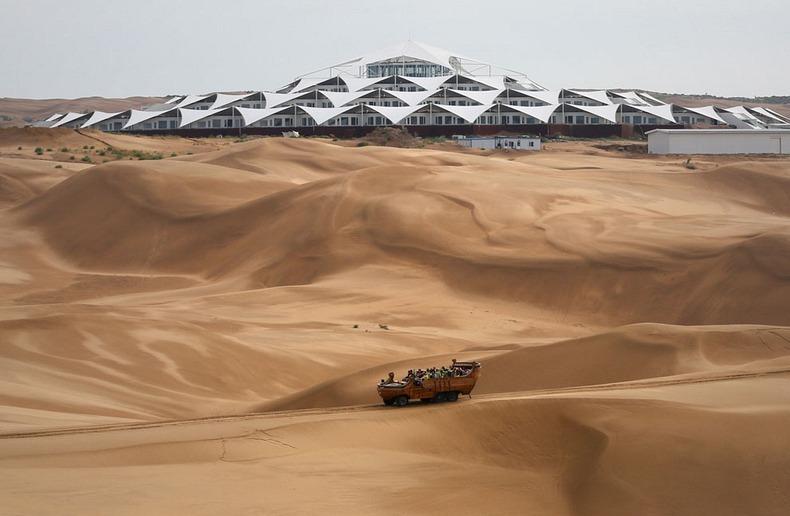 desert-lotus-hotel-1