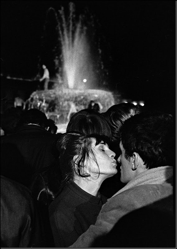 England. London. Trafalgar Square. A kiss at midnight on New Year's Eve. 1964