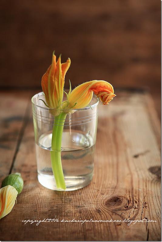 tarta z kwiatami dyni i cebulą (13)