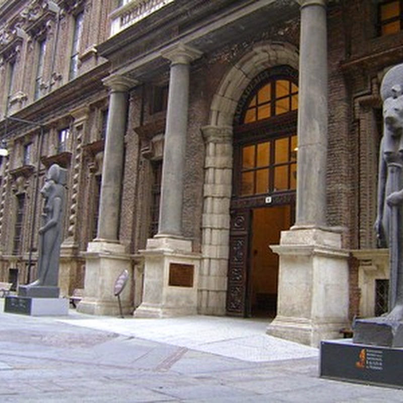 Il Museo Egizio di Torino è considerato, per il valore dei reperti, il più importante del mondo dopo quello del Cairo.