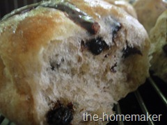 Chocolate Hot Cross Bun - texture