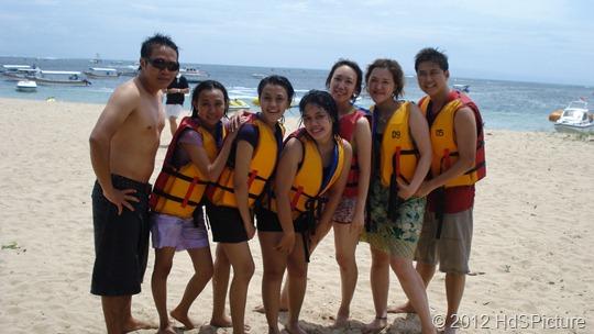 liburan bareng teman