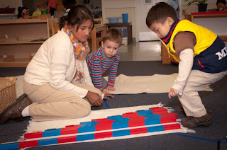 irvine-montessori-preschool-teacher-and-students