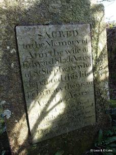 Varco(e) headstones (1)