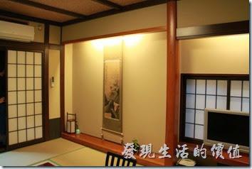 日本北九州-由布院-彩岳館。日本和室房間。