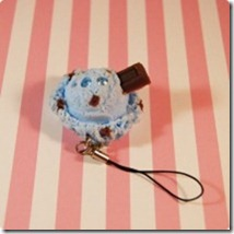 kawaii-ice-cream-scoop-cell-phone-charm