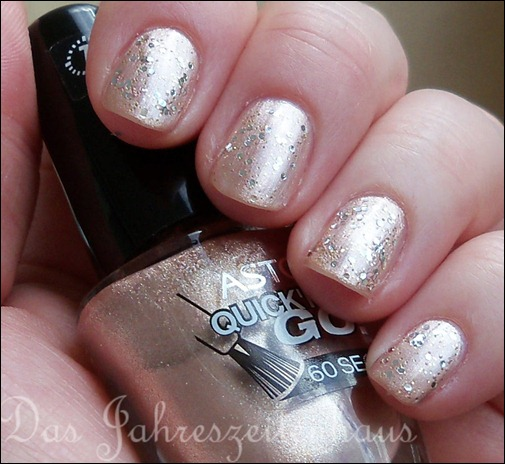 Silvester Nageldesign Champagner Nails 2