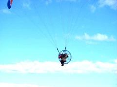 11.2011 man airborne1 skaket beach