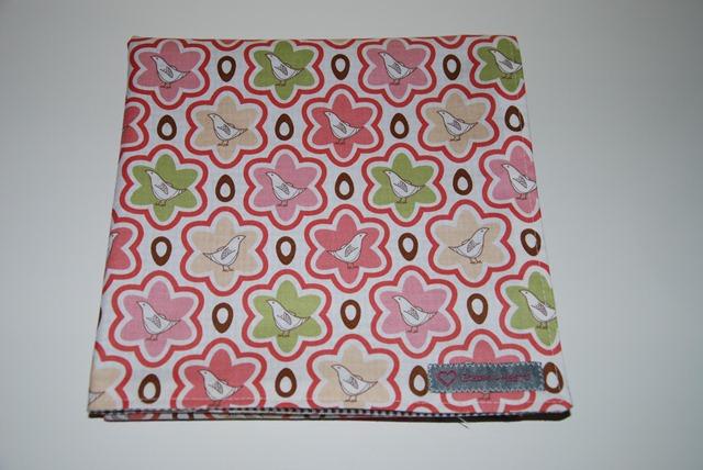 Lotta Swaddling Blanket2