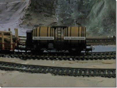 081 Polk Station Rail in Dallas, Oregon on December 11, 2005