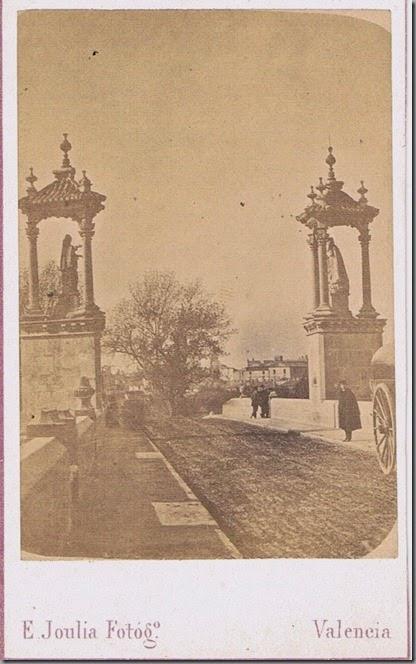 puente del Mar y murallas. Foto Joulia. Ca. 1860