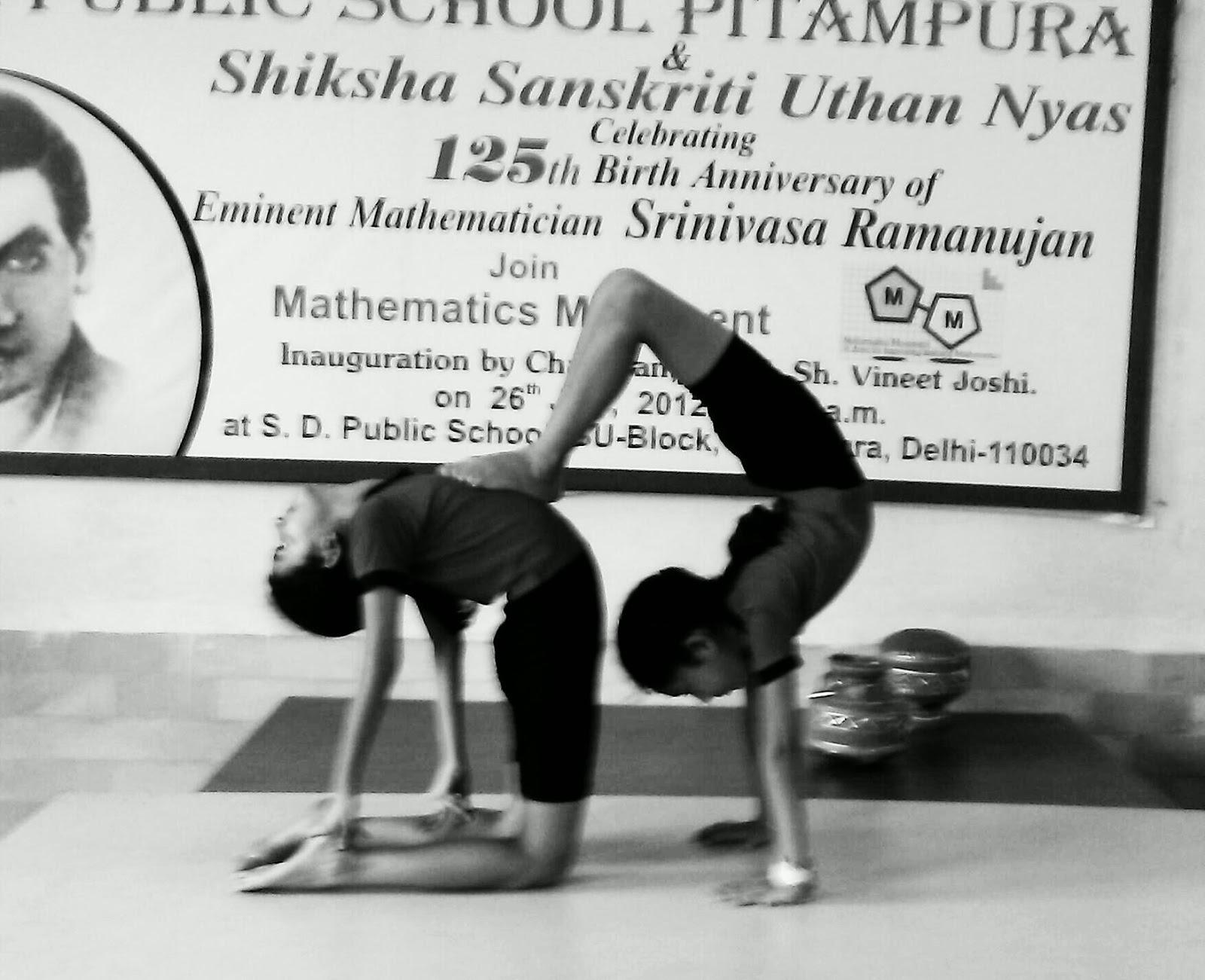 BHAVYA JATRANA AND DEVANSHI MAHAJAN OF CLASS VA PERFORMED ADVANCE YOGA POSES