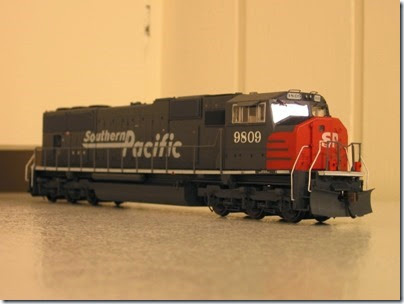 IMG_0725 Athearn Genesis SD70M Southern Pacific #9809