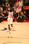 wearing brons nba lebron10 volt eric bledsoe 07 Wearing Brons: Eric Bledsoe Takes Flight in Volt LeBron Xs