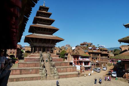 Obiective turistice Nepal: Piata centrala din Bhaktapur