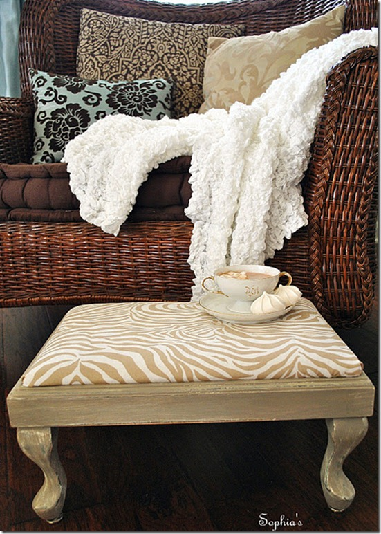 footstool and chair1 - use