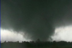 052311-tornado-funnel-crop_606.jpg