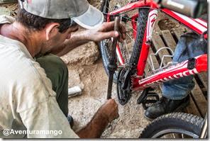Consertando o pedal