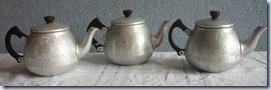 sm. teapots