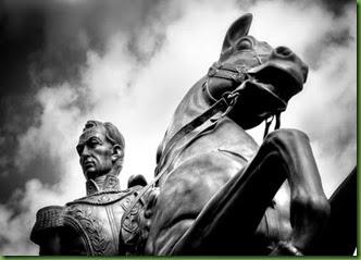 Estatua-bolivar