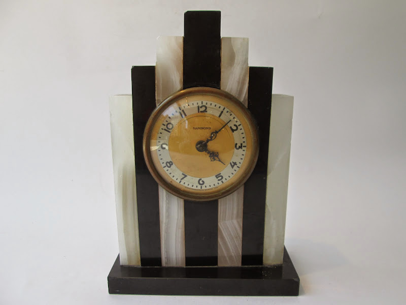 Deco Mantle Clock