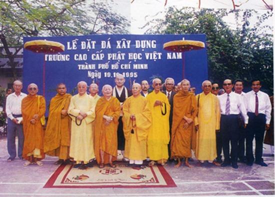 hoa-thuong-thich-minh-chau-dau-an-lich-su (14)