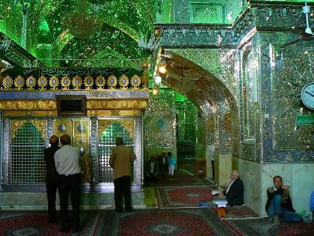 07. Interior shrine - Shiraz.JPG