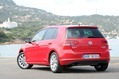 2013-Volkswagen-Golf-21