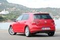 2013-Volkswagen-Golf-21