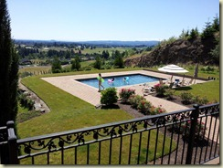 Ben's pool & view (2)