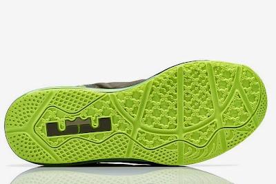 nike lebron 11 low gr dunkman 3 02 Release Reminder: Nike Max LeBron XI Low Dunkman